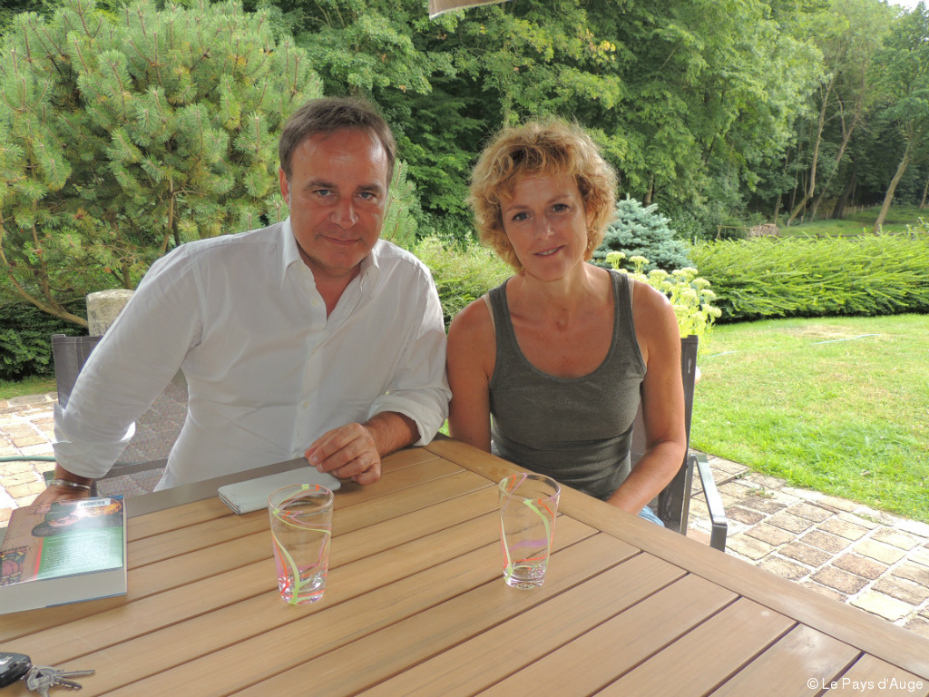 honfleur en terrasse avec anne richard et fabien lec uvre. Black Bedroom Furniture Sets. Home Design Ideas